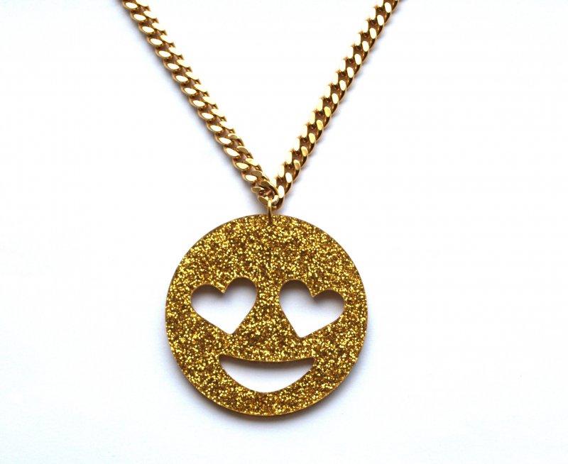 EMOJI - Limited Edition Smiling Heart Eyes